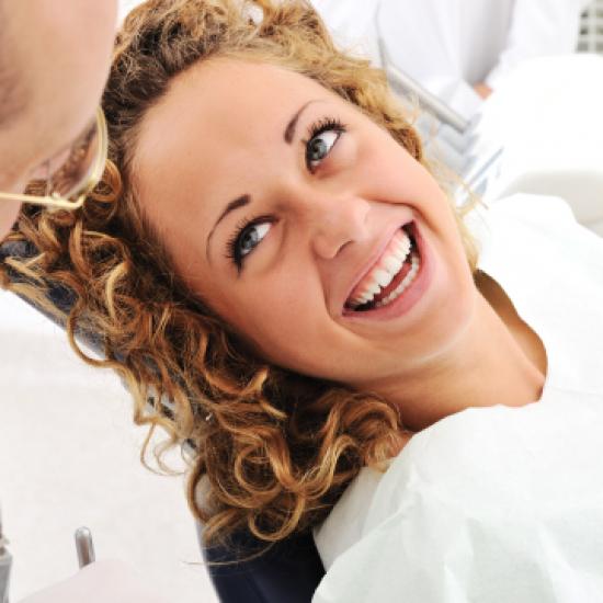 Trattamenti parodontali con micropolveri